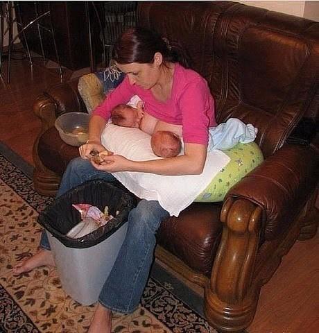 фото мама сосет у сына член